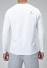 MOROTAI - NKMR  - Long sleeved top - White - 3