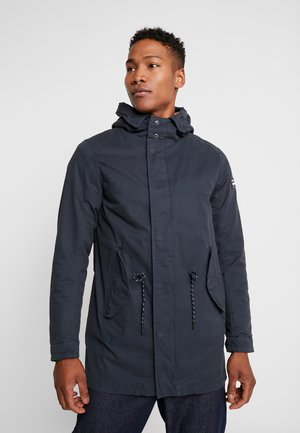 CLASSIC HOODED - Parkatakki - night