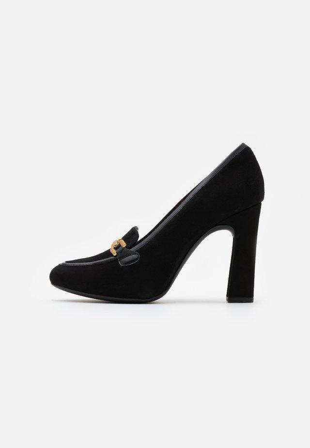 PIERO - Høye hæler - black