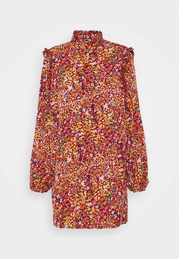 FRILL SHOULDER BUTTON THROUGH DRESS