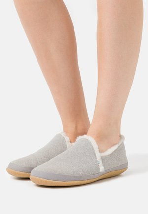 INDIA - Slippers - grey