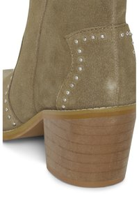 ICHI - IAFANN SUEDE BOOT - Ankle boots - natural - 5