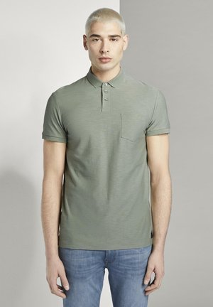 TOM TAILOR DENIM POLOSHIRTS POLOSHIRT MIT STREIFENSTRUKTUR - Piké - dusty leave green
