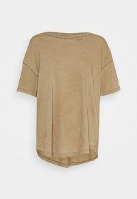 DISTRESSED BASIC TEE - Basic T-shirt - brown