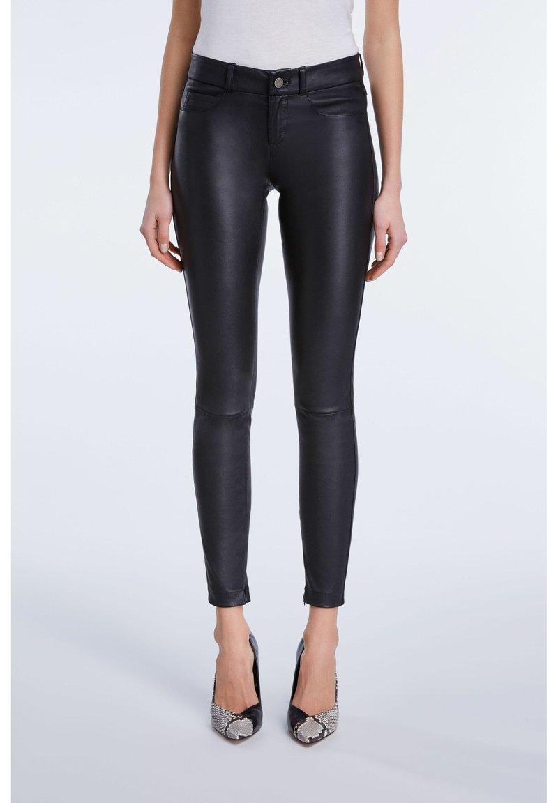 SET - LEDERHOSE DAKOTA - Leather trousers - black