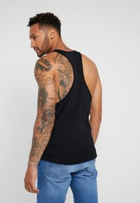 Lee - LOOSE TANK - Top - black - 2