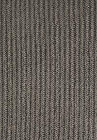 Missguided Tall - PREMIUM BOYFRIEND ROLL NECK DRESS - Strikket kjole - grey - 2