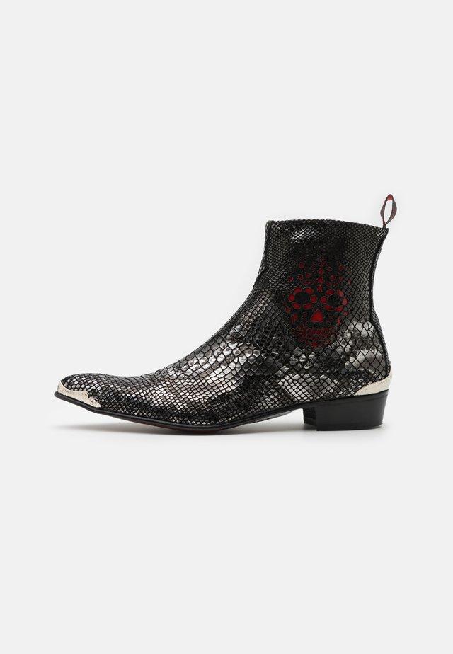 ADAMANT SKULL SIP UNISEX - Cowboy/biker ankle boot - creek black/silver skull