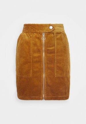 KIRA LIFE - Pouzdrová sukně - golden brown