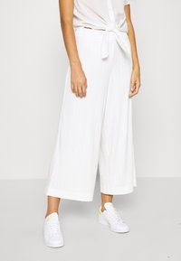 Monki - CILLA TROUSERS - Trousers - white light - 0