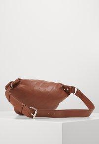 Urban Classics - SHOULDER BAG - Bum bag - brown - 1