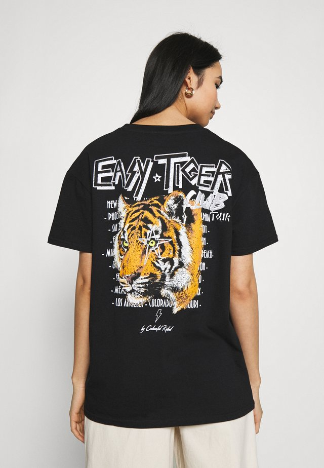 EASY TIGER LOOSEFIT TEE - T-shirt con stampa - black