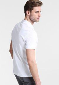 Lacoste - DH2050 - Piké - white - 2