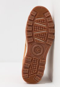 DC Shoes - WOODLAND - Höga sneakers - brown - 4