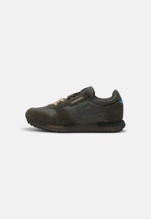 VIRTUS - Sneakersy niskie - new olive green
