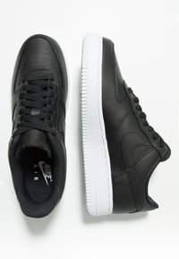 Nike Sportswear - AIR FORCE - Sneakers laag - black/white - 1