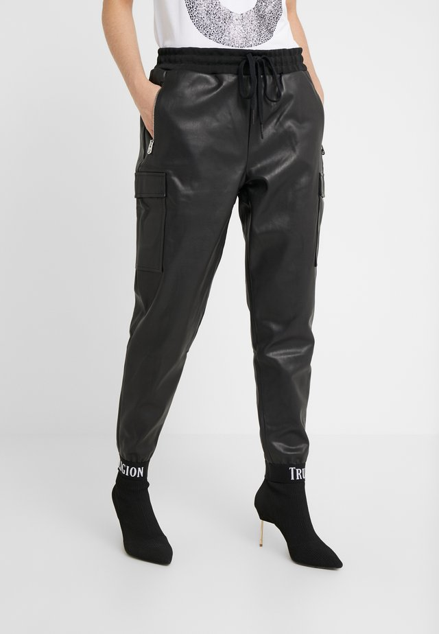 PANTS  - Kangashousut - black