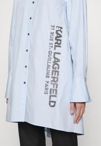 KARL LAGERFELD - EMBELLISHED  - Button-down blouse - cashmere blue - 6