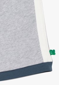 Fred's World by GREEN COTTON - ZGREEN SKATE - Shorts - pale greymarl - 2