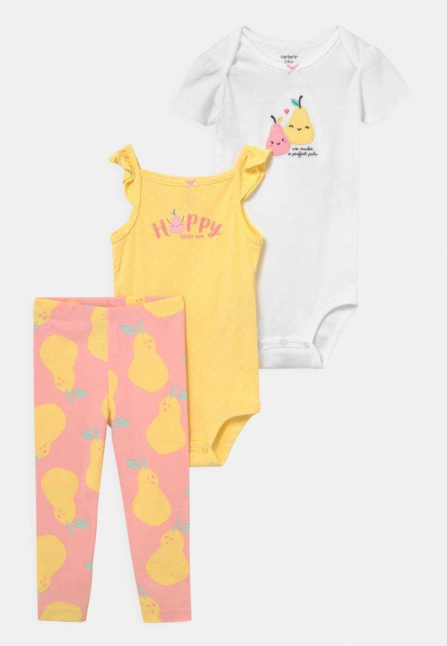 PINKYELLPEAR SET - Print T-shirt - light pink/yellow