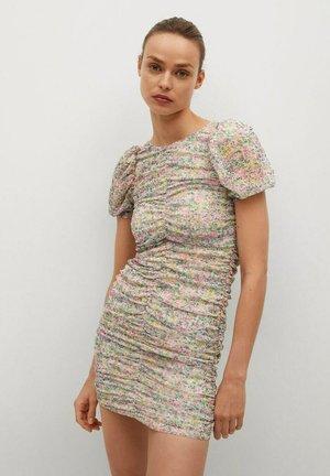 Pouzdrové šaty - rose pastel