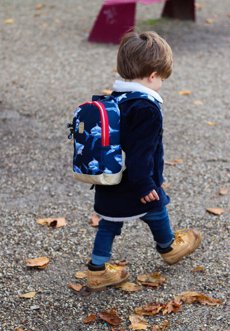 pick & PACK - SHARK RUCKSACK XS - KINDERRUCKSACK HAIE - School bag - dunkelblau