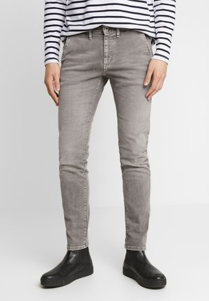 JAMES - Jeansy Slim Fit - grey