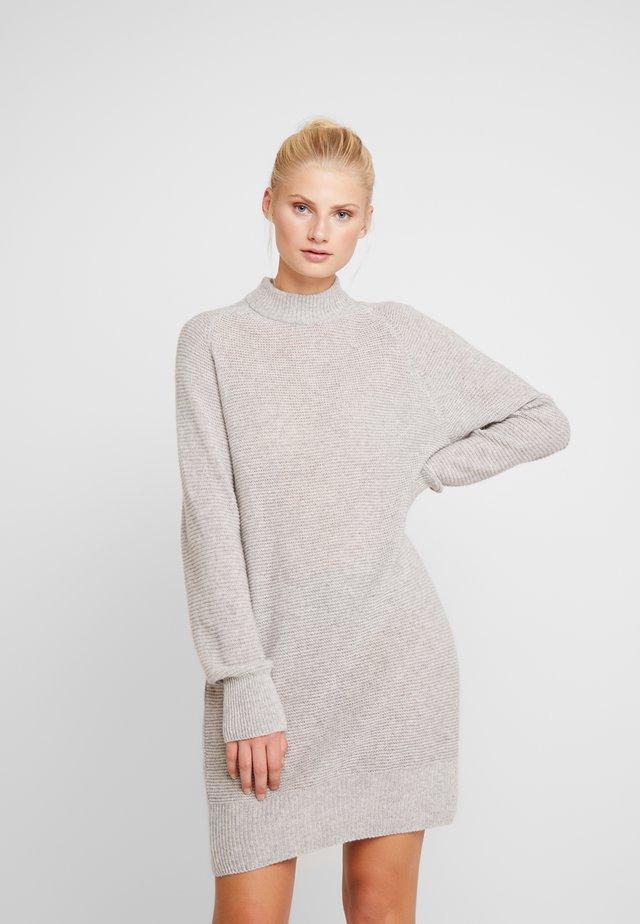 LORRAINE - Vestido de punto - grey melee
