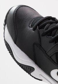 Nike Performance - COURT LITE 2 - Zapatillas de tenis para todas las superficies - black/white/volt - 5