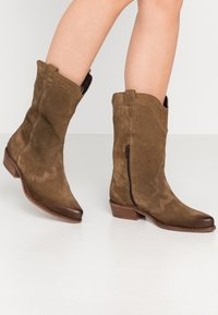 Felmini Wide Fit - GERBBERA - Cowboy/Biker boots - momma - 0