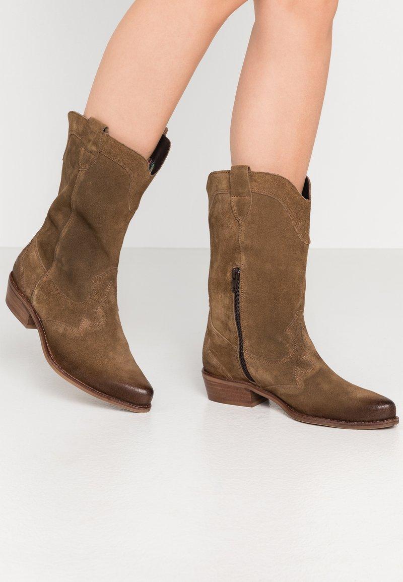 Felmini Wide Fit - GERBBERA - Cowboy/Biker boots - momma