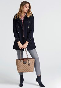 Guess - Cabas - brown - 1