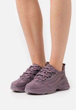 VEGAN WILLOWW - Sneakers basse - purple