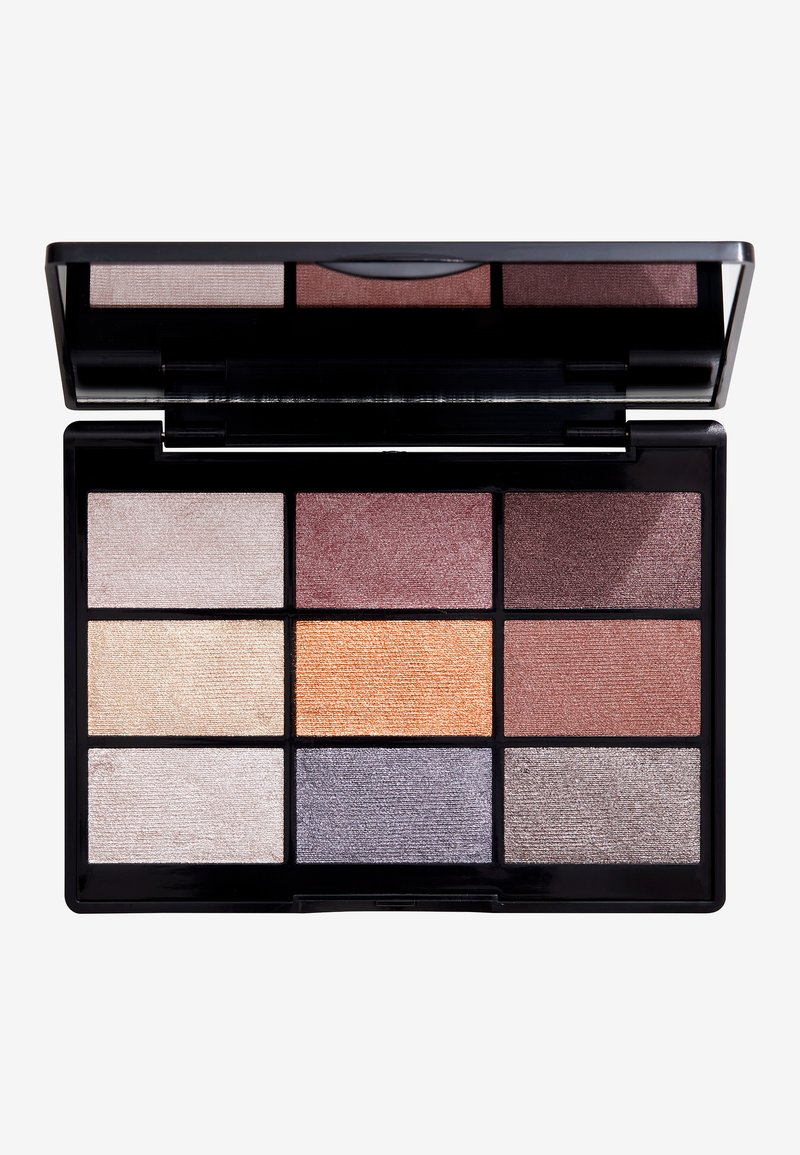 Gosh Copenhagen - 9 SHADES  - Eyeshadow palette - 005 to party in London