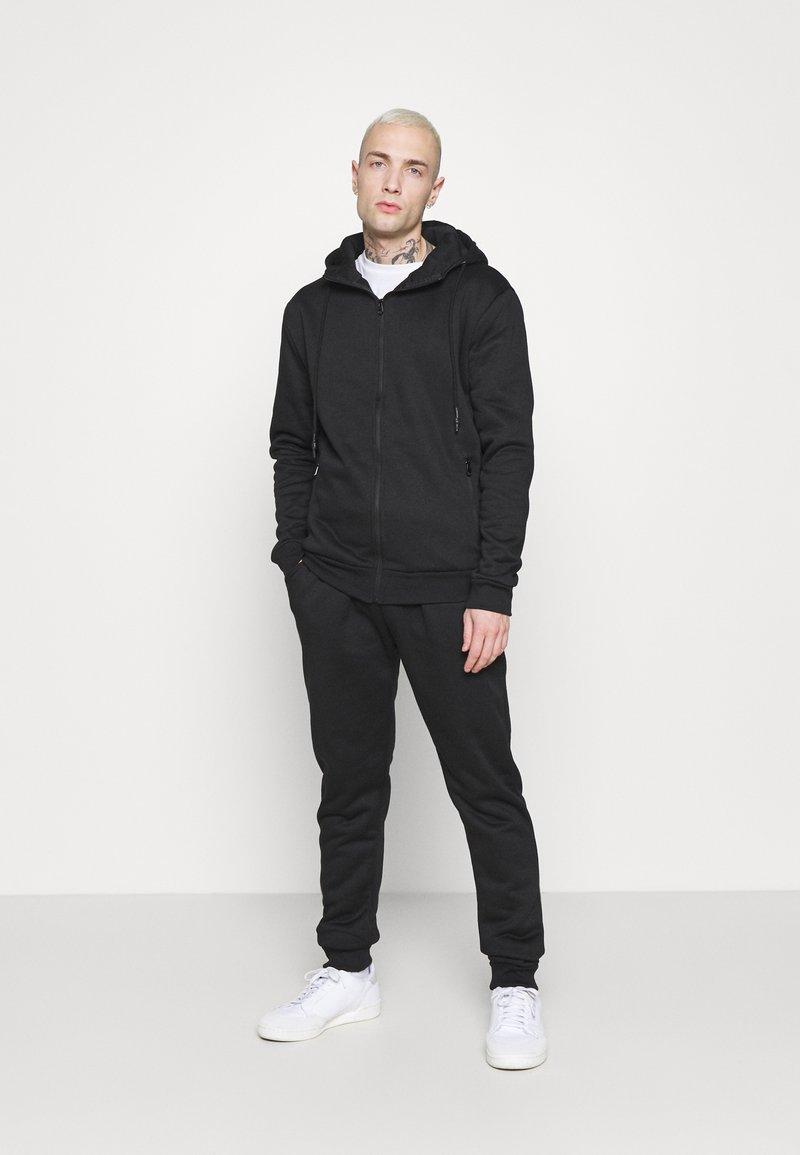 Brave Soul - LANISTER - Zip-up hoodie - jet black