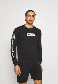 Champion - CREWNECK LONG SLEEVE  - Långärmad tröja - black - 0