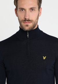 Lyle & Scott - GOLF QUARTER ZIP - Strickpullover - navy - 4