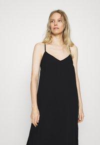 GAP - MIDI HANKY DRESS - Day dress - true black - 4