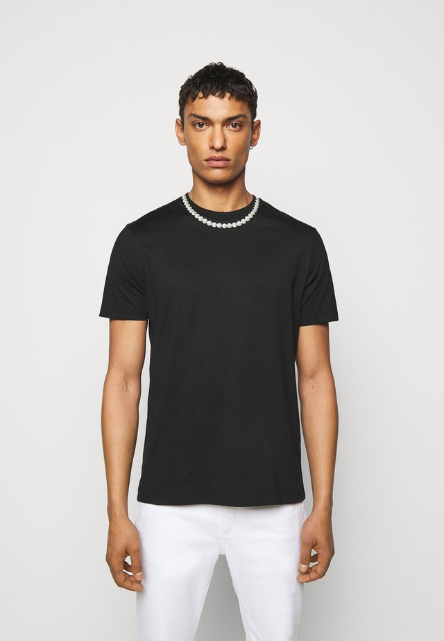 PEARL NECKLACE - T-shirt imprimé - black