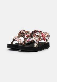 Loeffler Randall - MAISIE - Sandály na platformě - white - 2