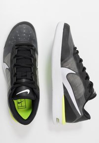 Nike Performance - COURT AIR MAX VAPOR WING MS - Tennisschoenen voor alle ondergronden - black/white/volt - 1