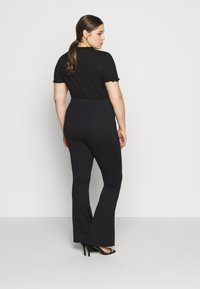 Even&Odd Curvy - SEMI FLARED - Leggings - black - 2