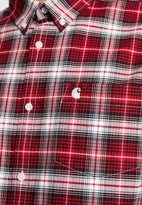 Carhartt WIP - LINVILLE - Skjorter - cardinal/wax - 5