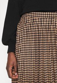 Gestuz - BELLIS SKIRT - Pleated skirt - brown - 3