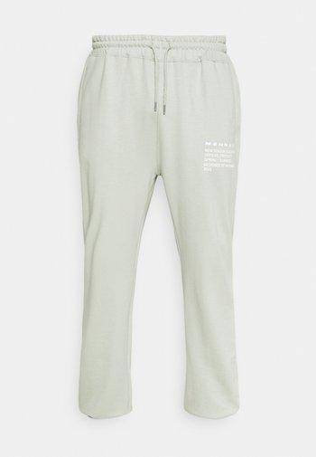 MENNACE SUNDAZE OVERSIZED JOGGER UNISEX - Pantalon de survêtement - green