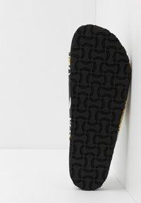 Versace Jeans Couture - SANDAL - Pantolette flach - black - 4