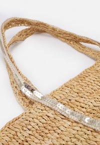 Vanessa Bruno - CABAS PETIT - Handbag - beige - 5