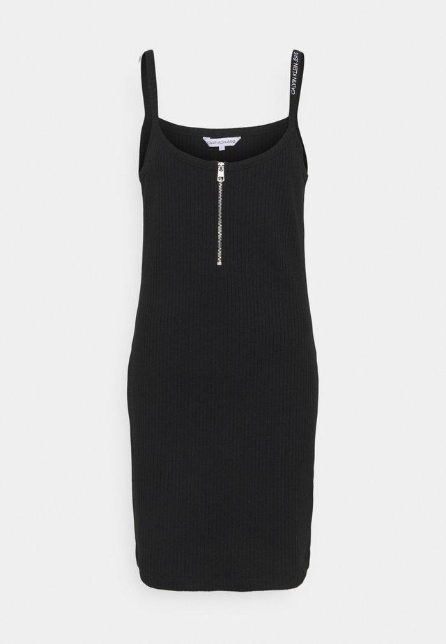 STRAPPY ZIPPER DRESS - Etuikjoler - black