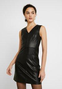 ONLY - ONLLIO DRESS - Etui-jurk - black - 0
