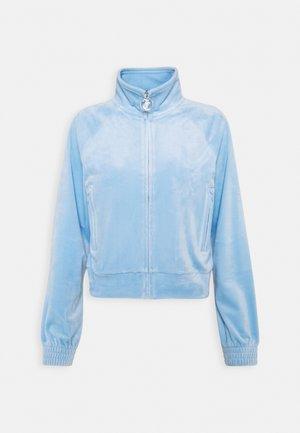 TANYA TRACK - veste en sweat zippée - powder blue